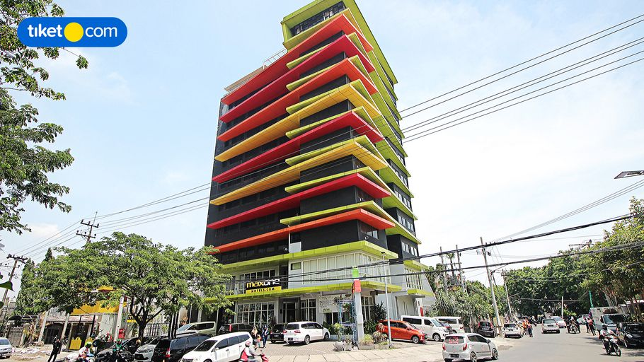 MaxoneHotels at Dharmahusada Surabaya, Surabaya