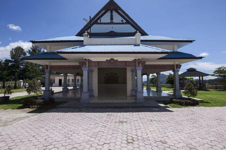 OYO 719 Penginapan Panatapan Almonsari Resort, Toba