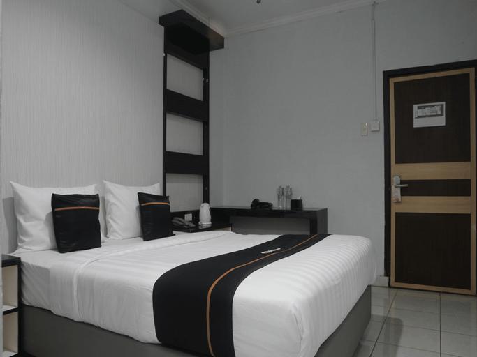 OYO 2104 Hotel Grand Sabrina, Bangka Tengah