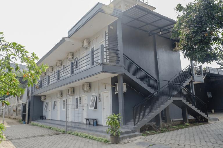 OYO 1176 J3 Residence Syariah, Jember