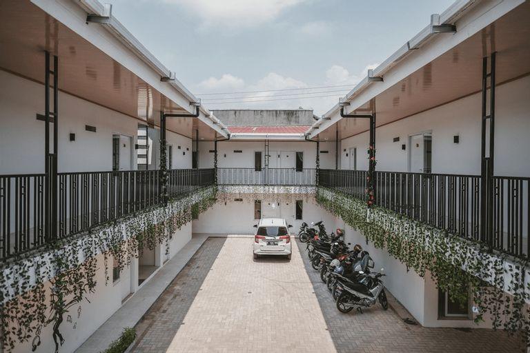 RedDoorz Plus Syariah near Universitas Lampung, Bandar Lampung