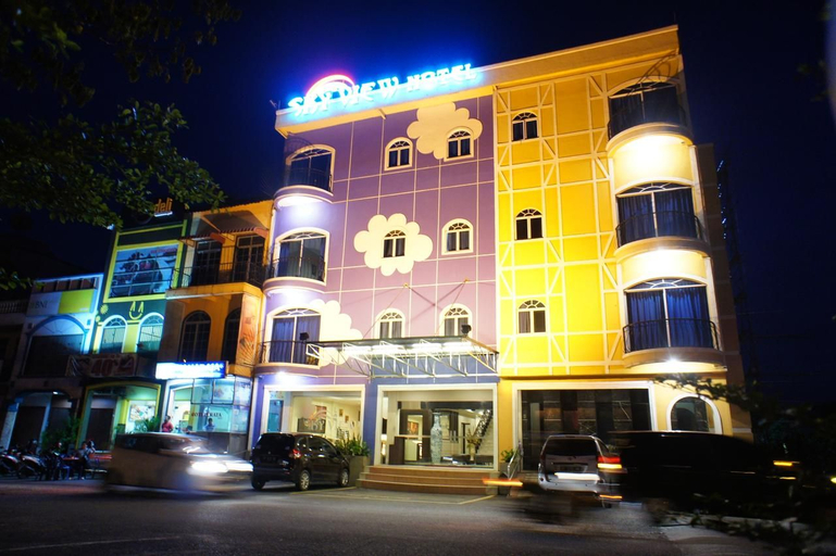 Sky View Hotel (Managed by OS), Batam