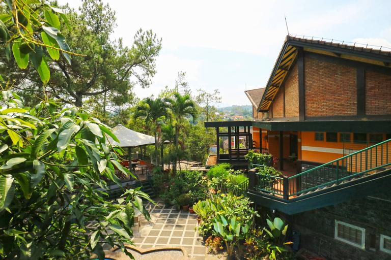 Kulem Cisitu, Bandung