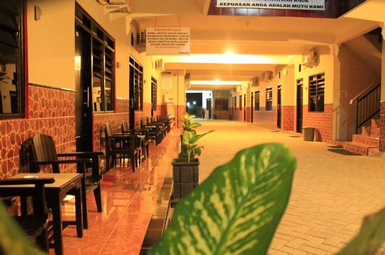Tristar Hotel Madiun, Madiun