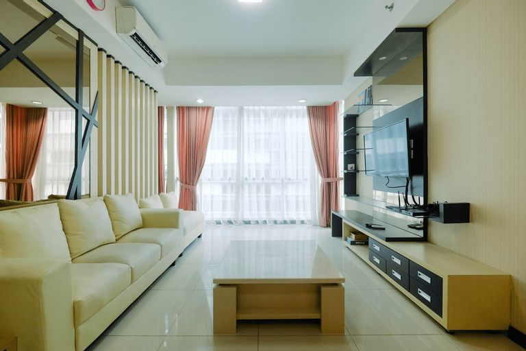 Modern 2BR Apartment with Pool View at Kemang Village By Travelio, Jakarta Selatan