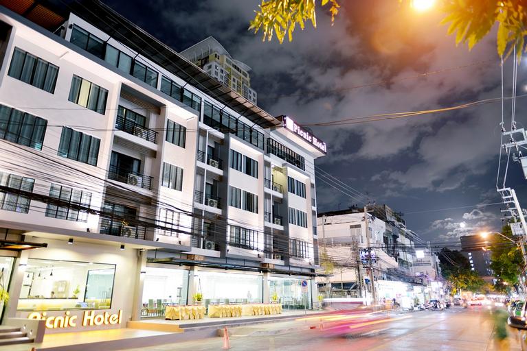 Picnic Hotel Bangkok, Ratchathewi