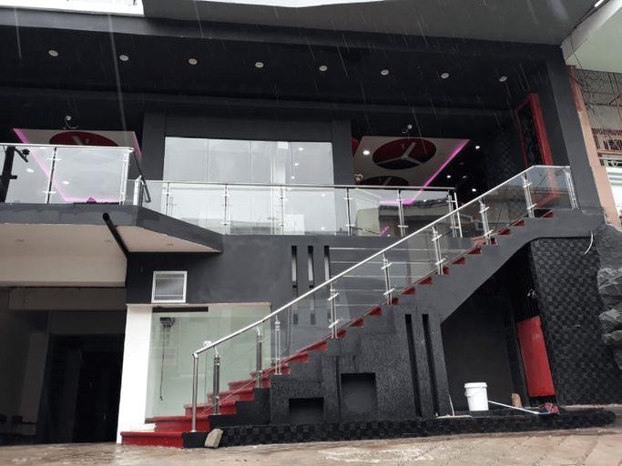 Hotel Surya Pantai Losari Makassar, Makassar