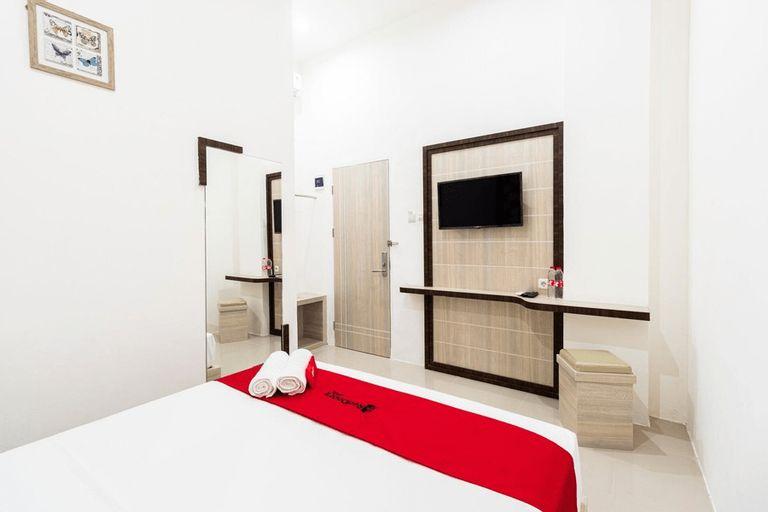RedDoorz Plus @ Centrium Katamso Medan, Medan