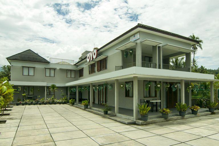 OYO 882 Puri Gevana Guest House, Padang Panjang
