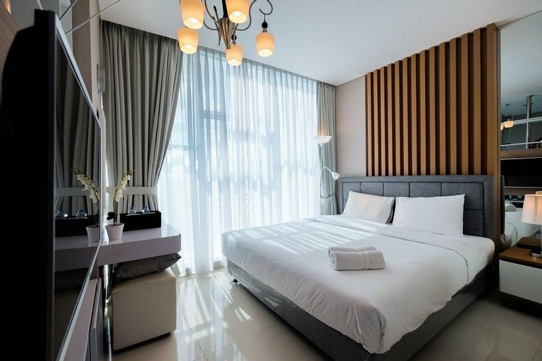 Brooklyn Alam Sutera Studio Apartment with Sofa Bed By Travelio, Tangerang Selatan
