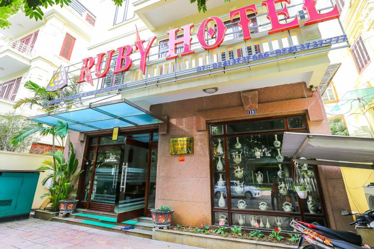 Spot On 767 Ruby Hotel, Bắc Ninh