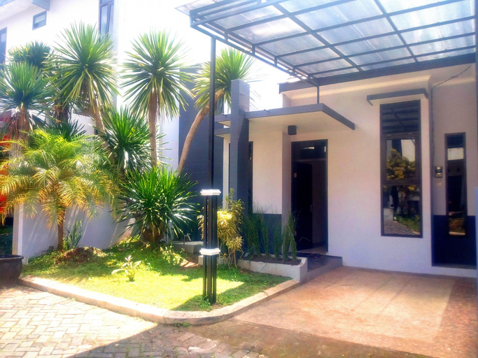 Villa 2 kamar Oro Ombo No. B2 dekat Jatim Park 2, Malang
