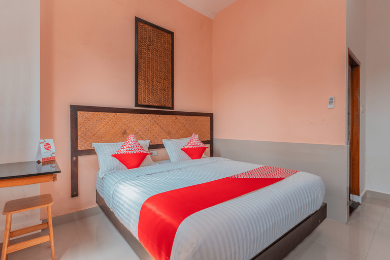 OYO 1229 Dc Hotel Pramuka Near RS St Carolus, Jakarta Pusat
