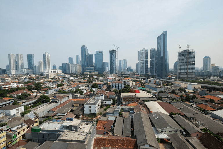 Modern and Comfy Studio Tamansari Sudirman Apartment By Travelio, South Jakarta