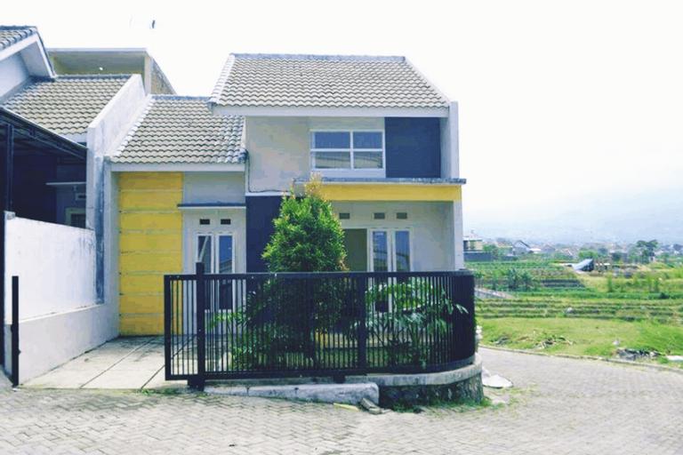 Villa Pojok, Malang