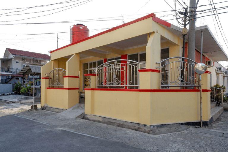 KoolKost Syariah near Taman Sampangan Semarang, Semarang