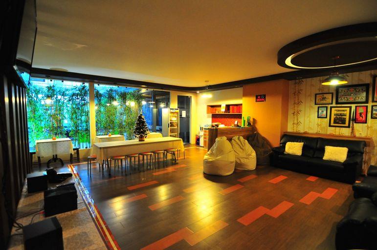 Capsule Hotel Jakarta, Central Jakarta