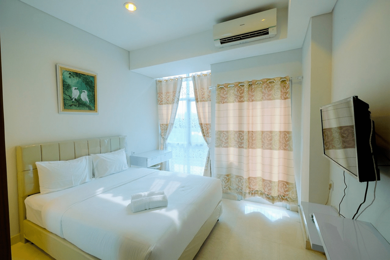 Best Emerald Studio Room Apartment at Capitol Park Residence By Travelio, Jakarta Pusat