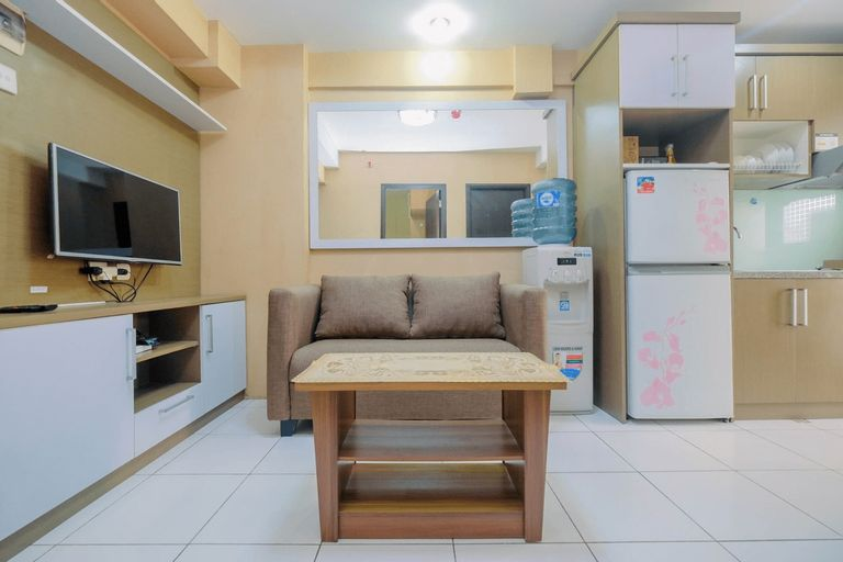 Warm and Homey 2BR Apartment at Kebagusan City By Travelio, Jakarta Selatan