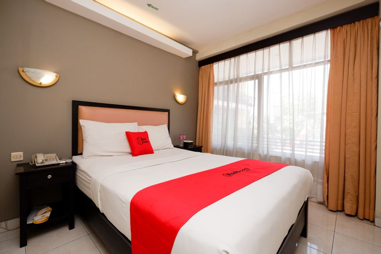 RedDoorz Plus @ Singosari Raya, Semarang