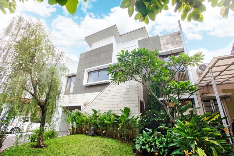 Simplicity Suite, Tangerang