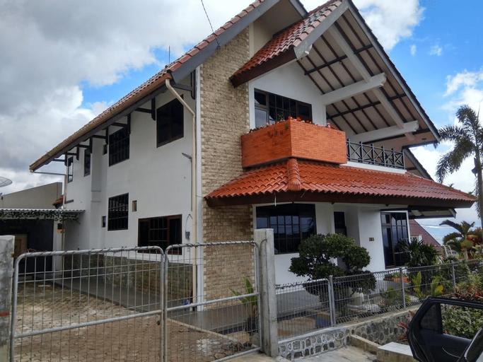 Batu View Villa, Malang