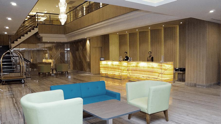 Orchardz Hotel Gajahmada, Pontianak