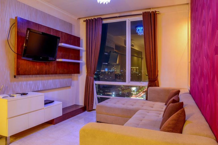 Modern 2 BR Apartment @ FX Residence with City View By Travelio, Jakarta Pusat