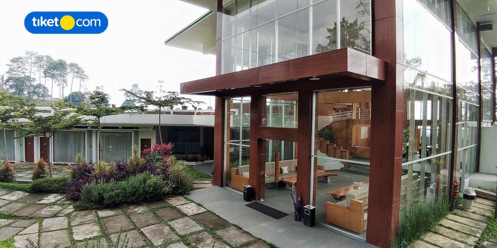 PONDOKAN TJIBURIAL (tutup permanen), Bandung