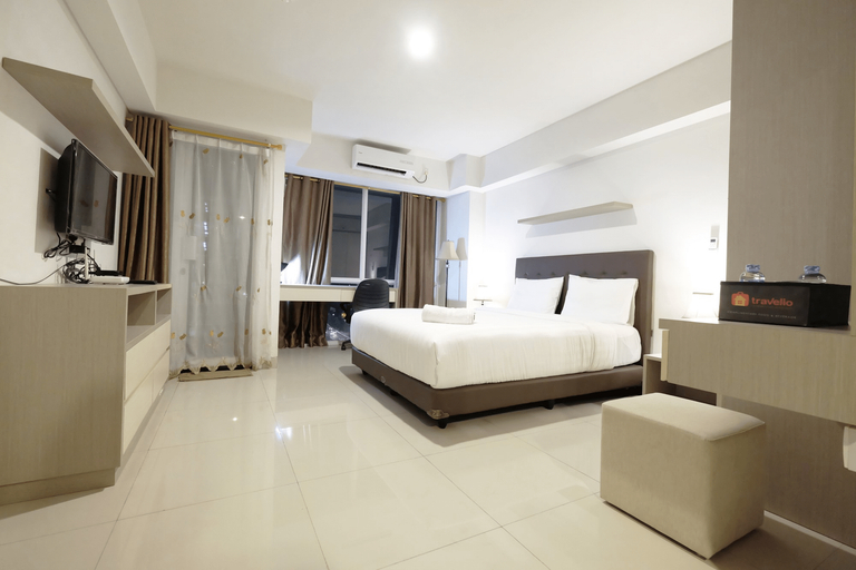 Best Price Spacious Studio Apartment @ The H Residence near MT Haryono By Travelio, East Jakarta
