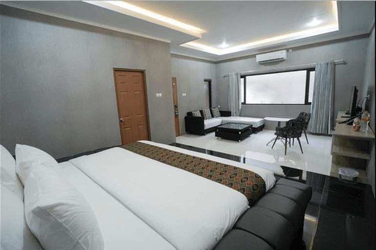 Patria Family Hotel, Blitar
