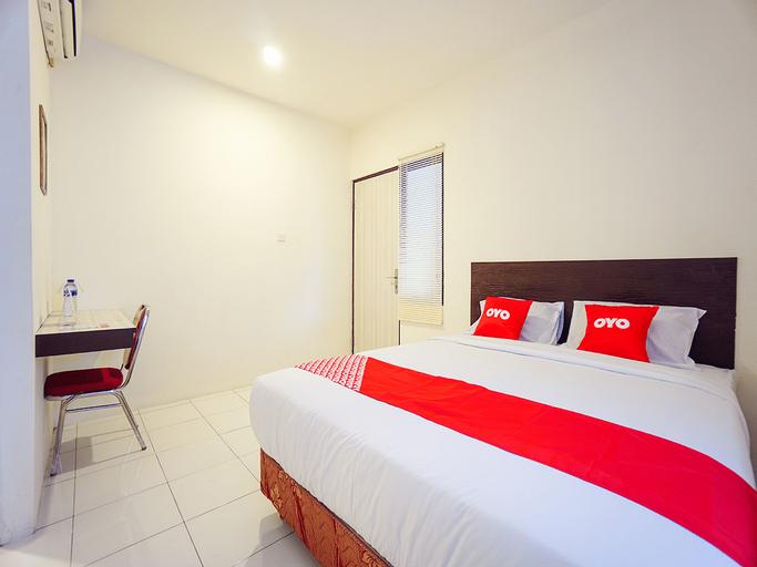 OYO 1838 COZY Home, Manado