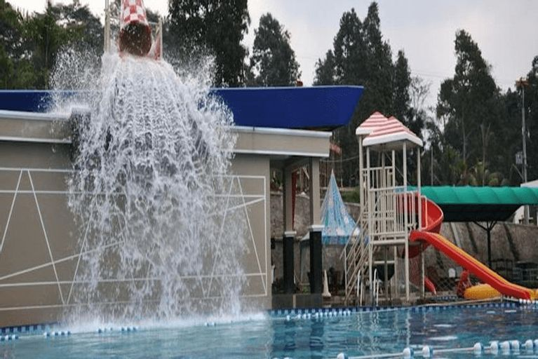 The Jhons Aquatic Resort, Cianjur