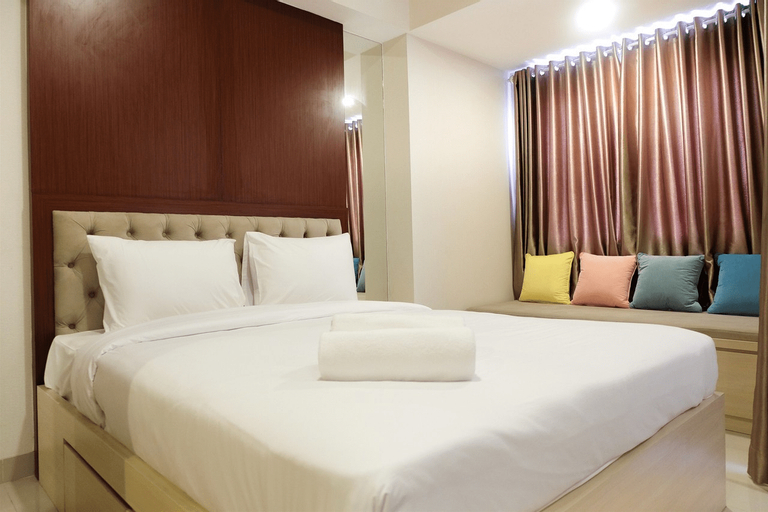 Artistic Studio Apartment at The Oasis Cikarang By Travelio, Cikarang
