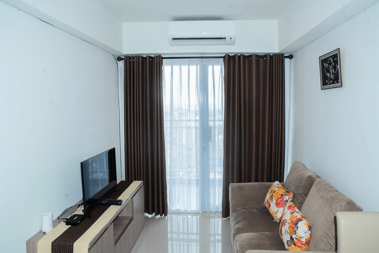 Cozy 1BR H Residence Apartment near MT Haryono By Travelio, East Jakarta