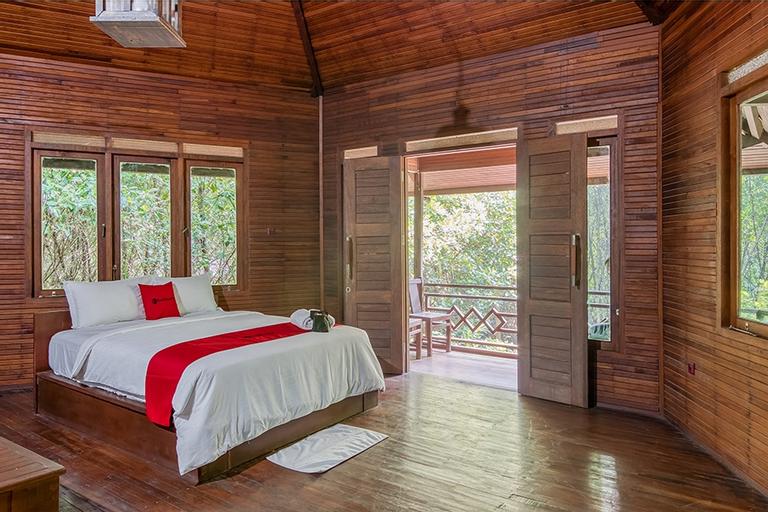 RedDoorz Resort @ Taman Wisata Mangrove, North Jakarta