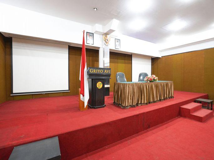 Avi Hotel Surabaya, Surabaya