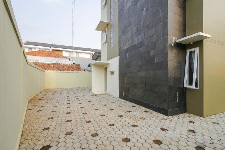 Reddoorz @ Cilandak Barat, South Jakarta