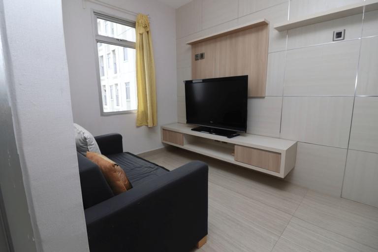 Minimalist 1BR Green Lake Sunter Apartment by Frits, North Jakarta