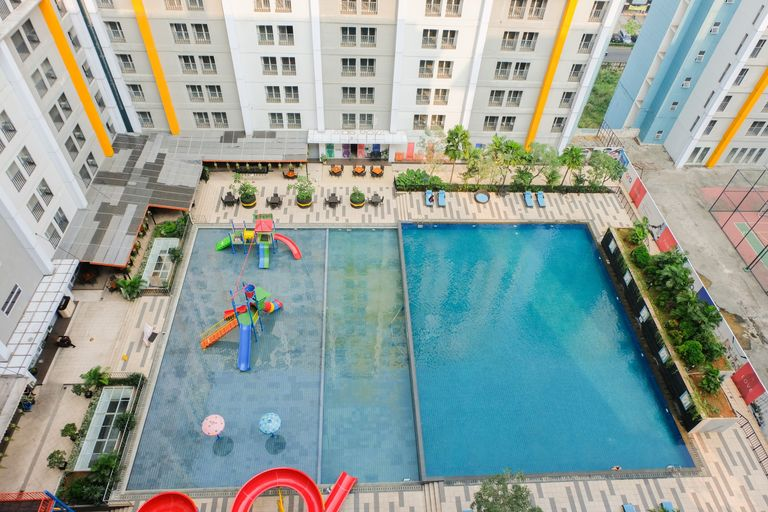 Highest Value 1BR Apartment at Skyline Paramount By Travelio, Tangerang