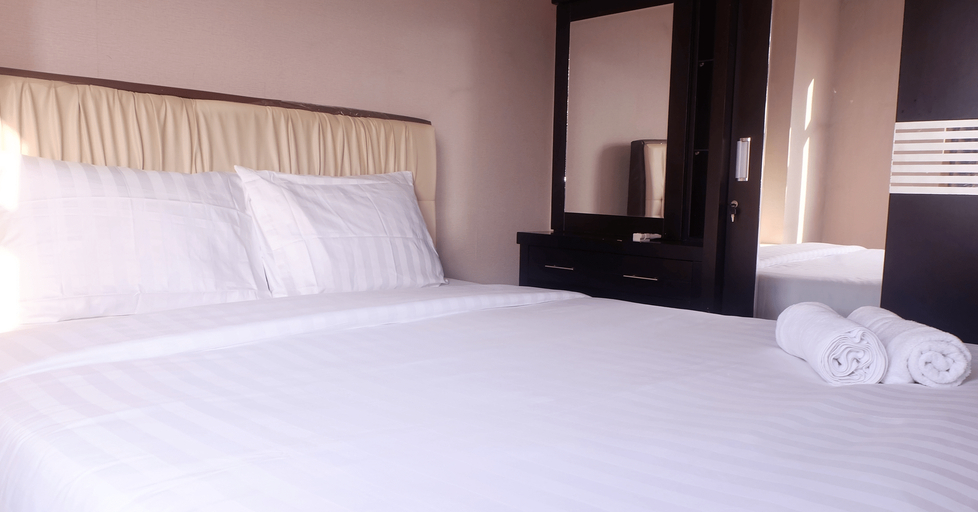 2 BR Kalibata Apartment With Sofa Bed Near Shopping Center By Travelio, Jakarta Selatan