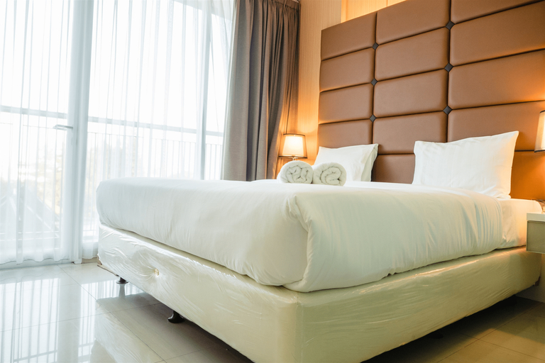 Luxurious 1BR At Dago Suites Apartment By Travelio, Bandung