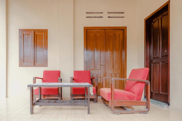 SPOT ON 2826 Panderman Residence, Blitar