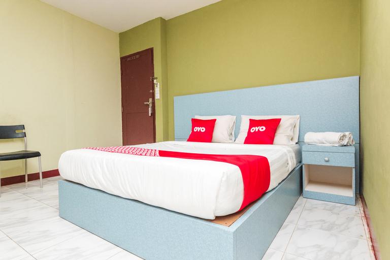 OYO 1703 Terang Bintang Hotel, Batam