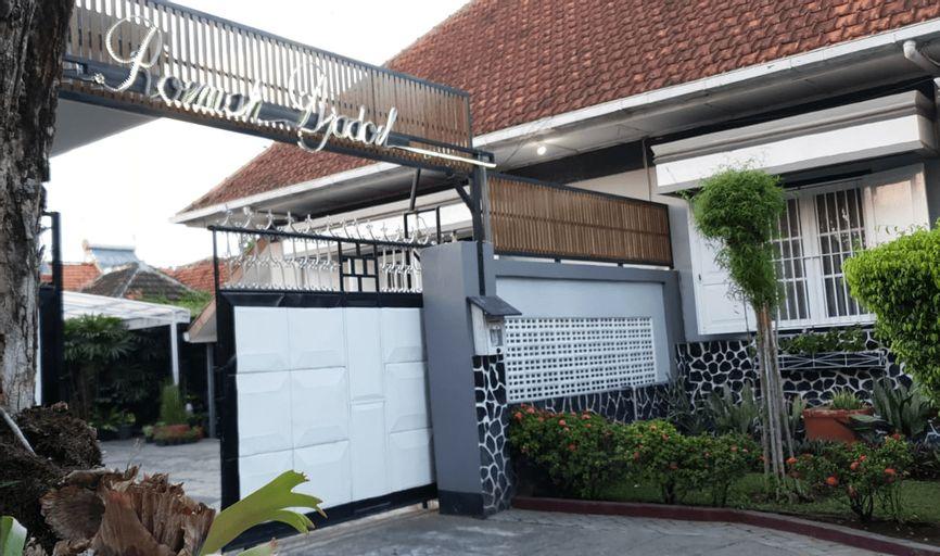 Roemah Djadoel Family Guest House, Jombang