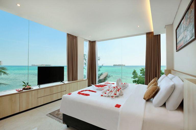 Royal Ocean View Beach Resort, Jepara