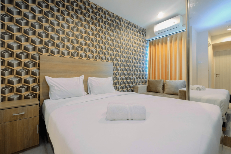 Emerald North Tower Studio Apartment Grand Kamala Lagoon By Travelio, Bekasi