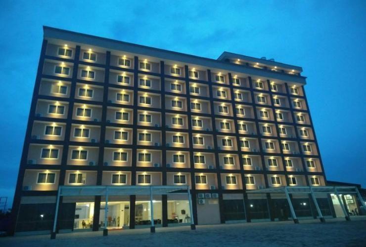 Makmur Hotel & Convention Center, Berau