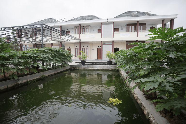 RedDoorz Syariah near Bundaran Joeang, Palangka Raya