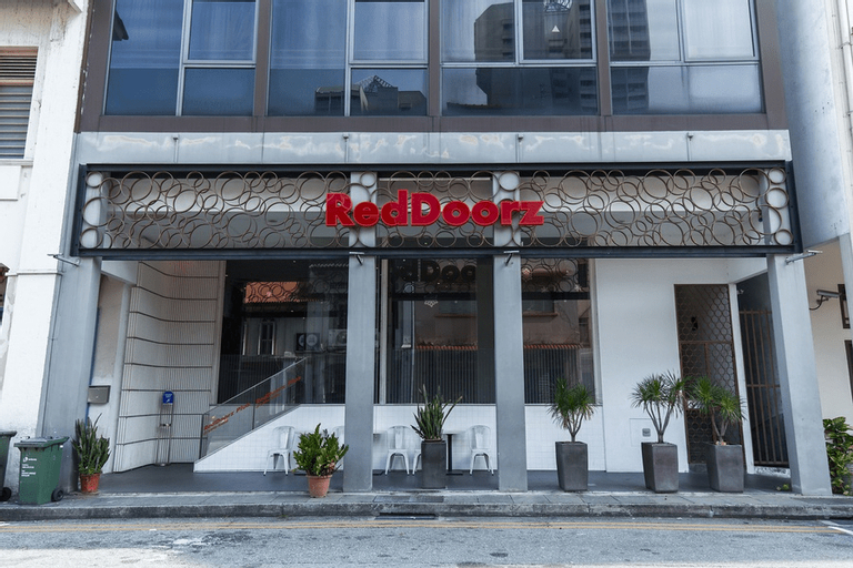 RedDoorz Hotel Plus @ Little India, Rochor